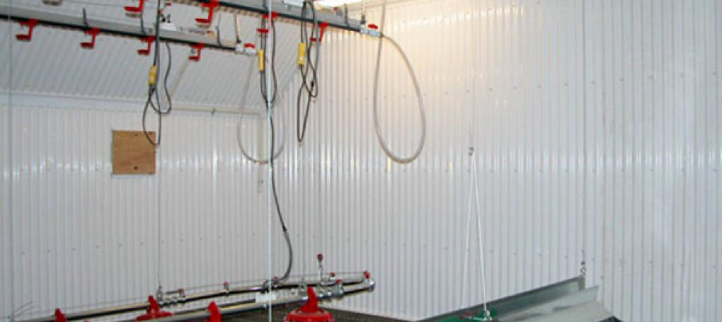 TUFTEX PVC Vinyl for side paneling
